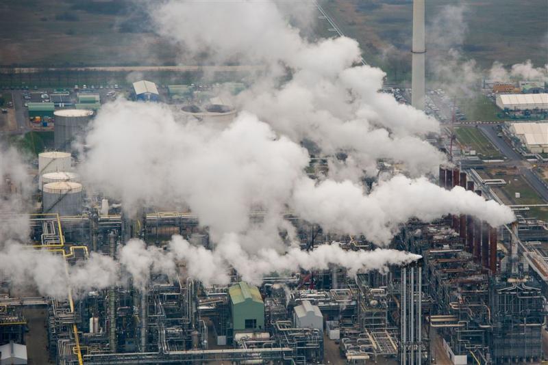 CO2-uitstoot Nederlandse industrie daalt niet
