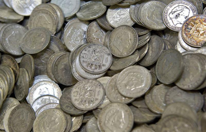 Veel guldens, francs en marken foetsie