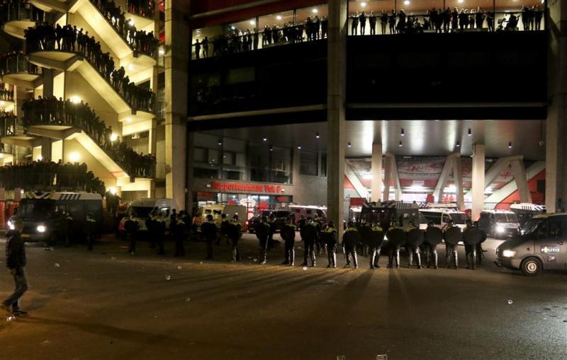 Vijf aanhoudingen bij politieactie FC Twente