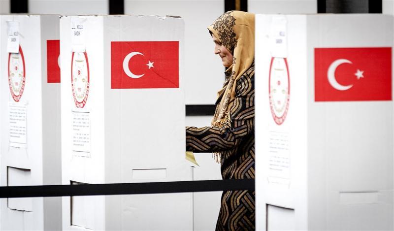 Drukke laatste dag Turks referendum