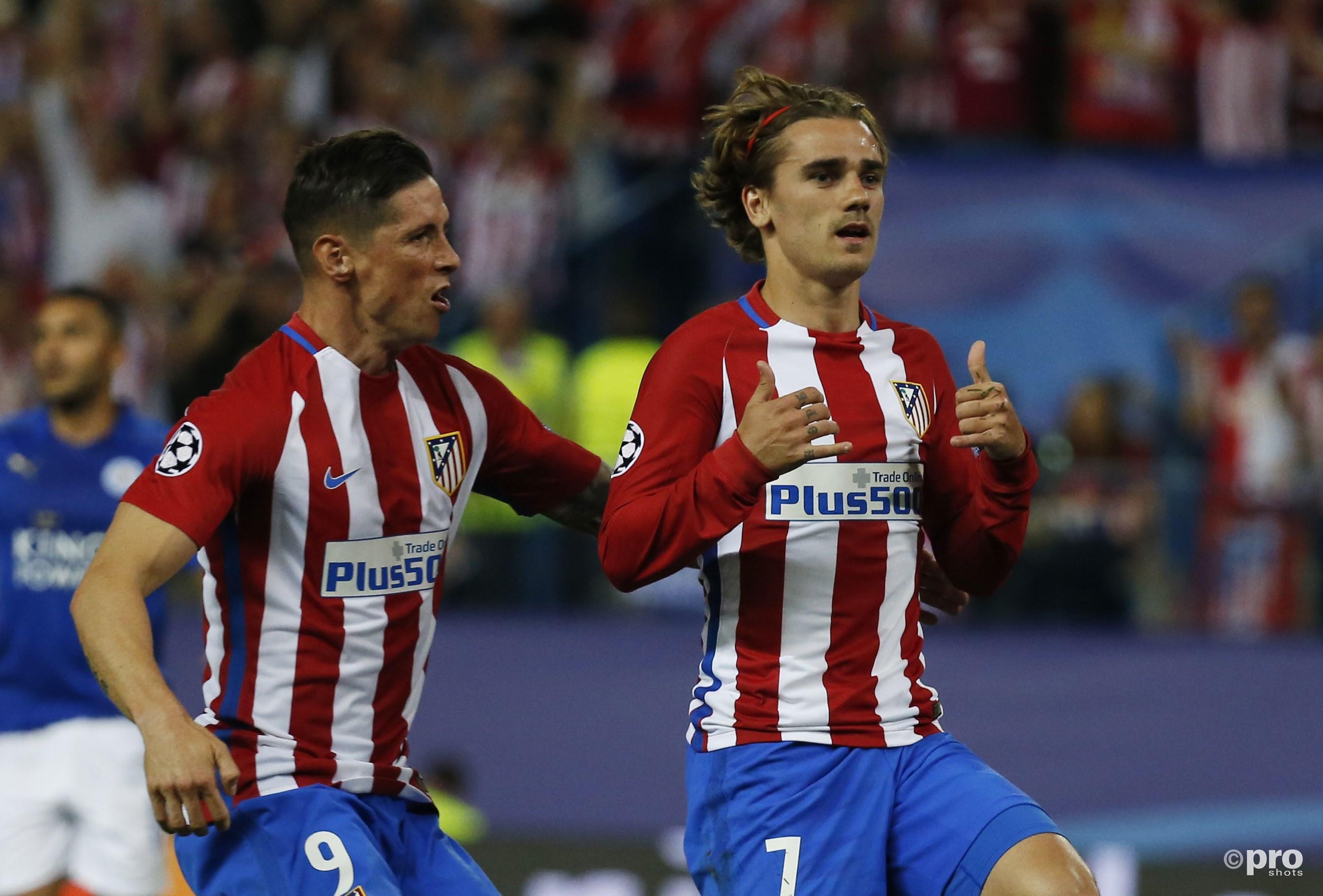 Antoine Griezmann viert doelpunt met Fernando Torres. (PRO SHOTS/Action Images)