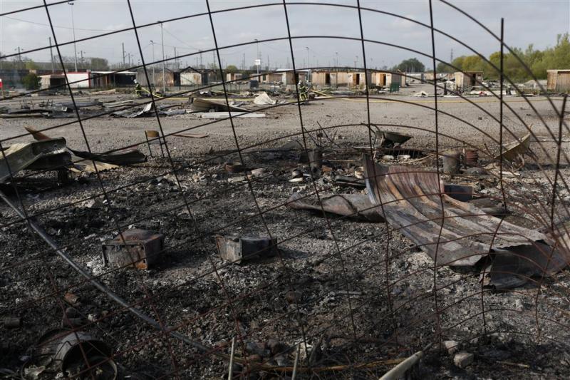 Vluchtelingen uit Noord-Frans kamp spoorloos