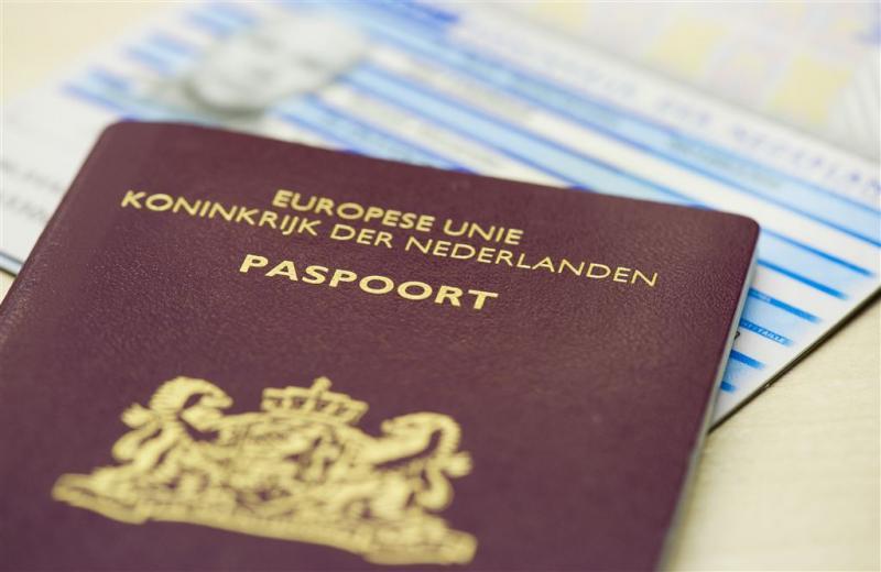 PVV: dubbele nationaliteit onmogelijk maken