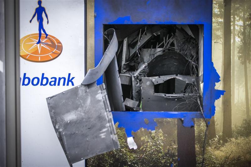 Plofkraken dwingen Rabobank tot ingrijpen