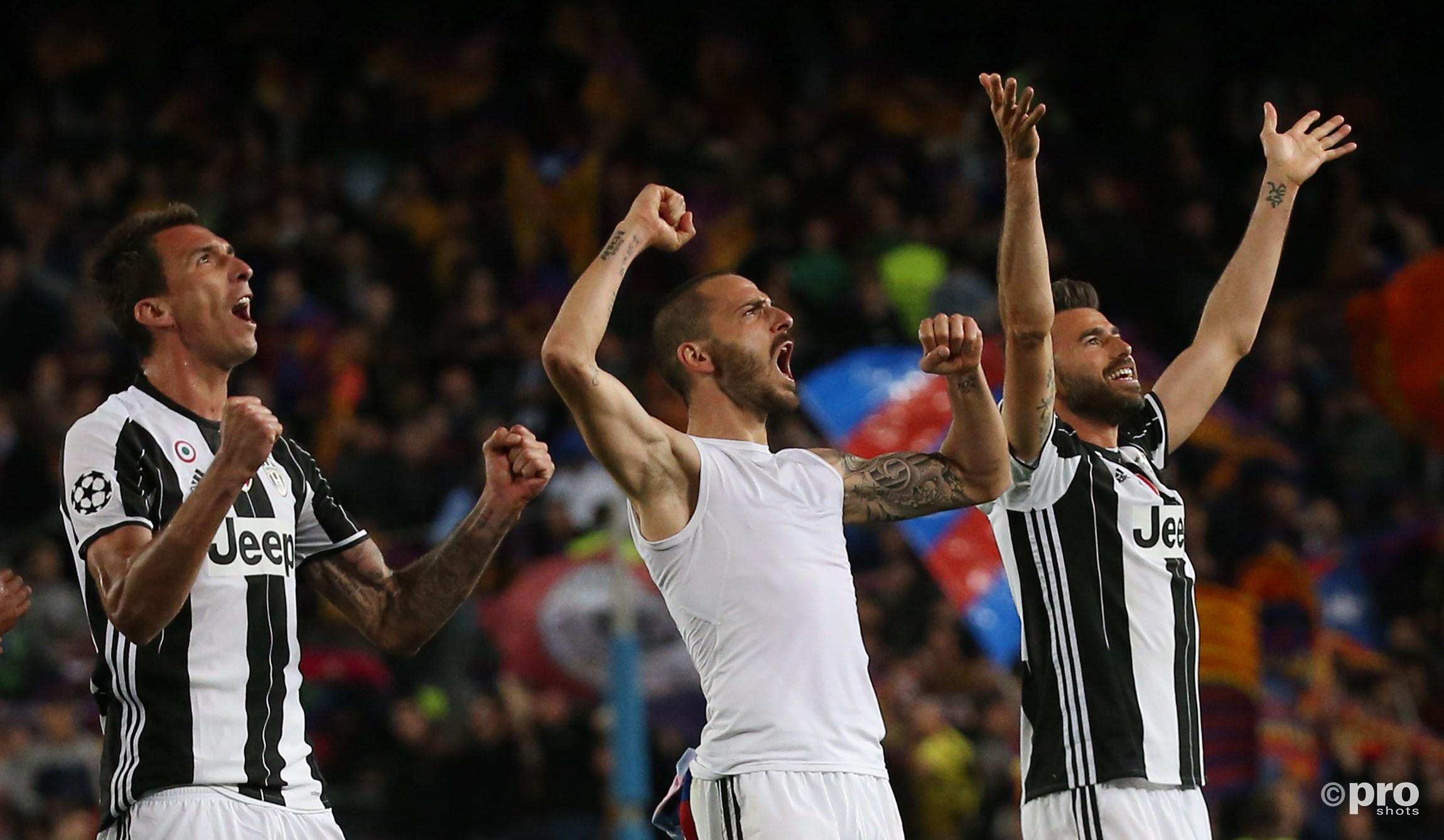 Mario Mandzukic, Leonardo Bonucci en Andrea Barzagli vieren feest. (PRO SHOTS/Action Images)