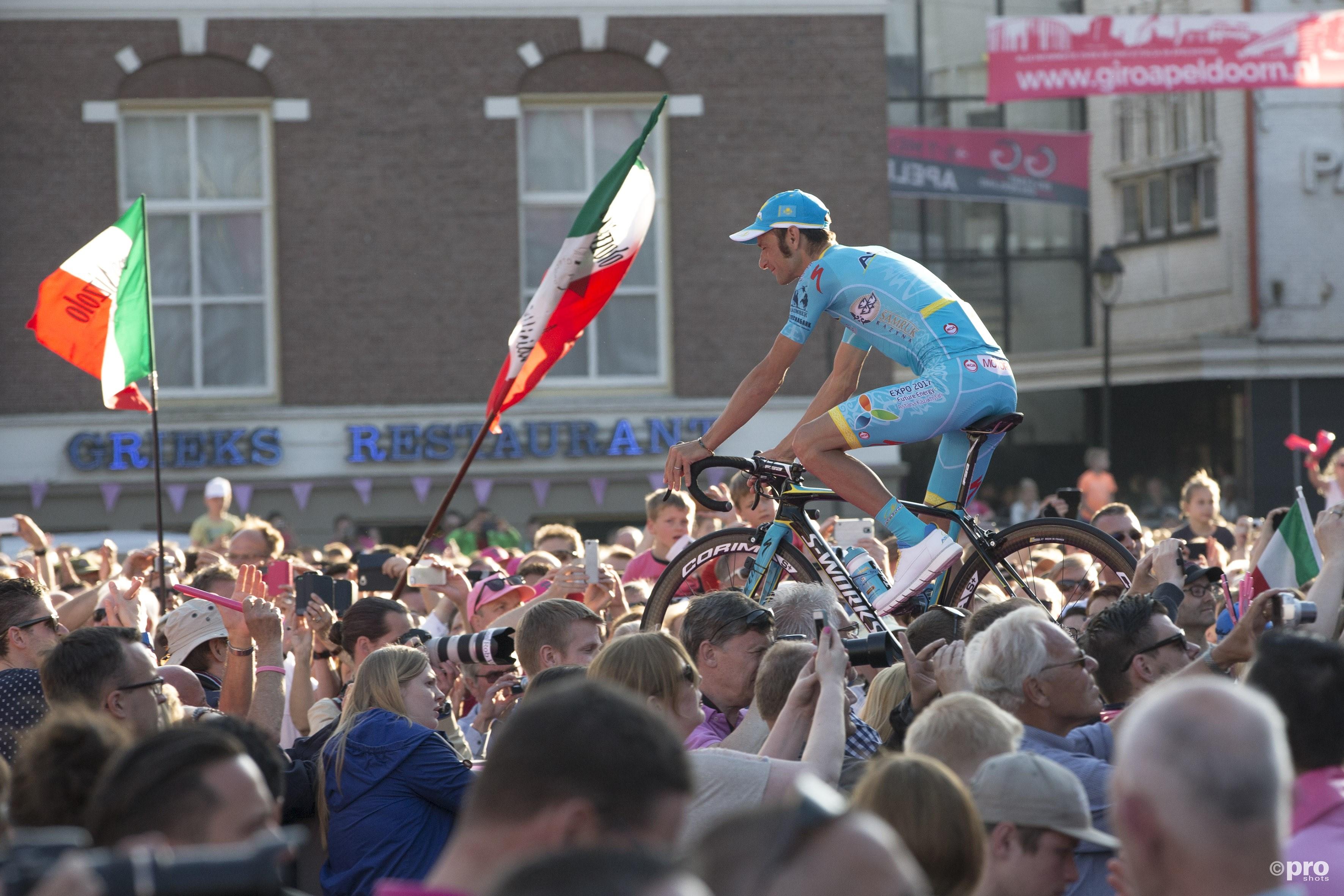 Ook in Apeldoorn was Scarponi vorig jaar aanwezig bij het begin van de Giro d'Italia (Pro Shots)