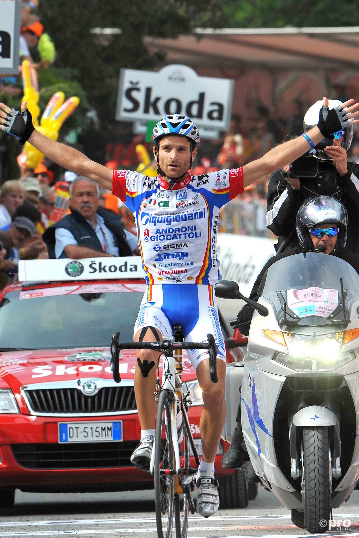 Scarponi wint de zesde etappe van de Giro d'Italia van 2009 (Pro Shots/Tim de Waele)