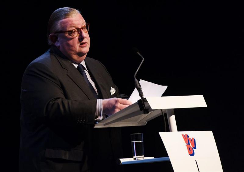 VVD-ministers wachten uitleg Keizer af