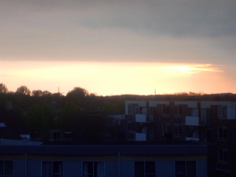Flauw avondzonnetje in Alkmaar  (Foto: DJMO)