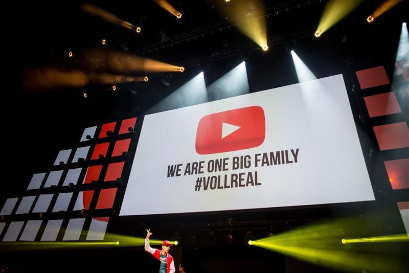YouTube op zwart