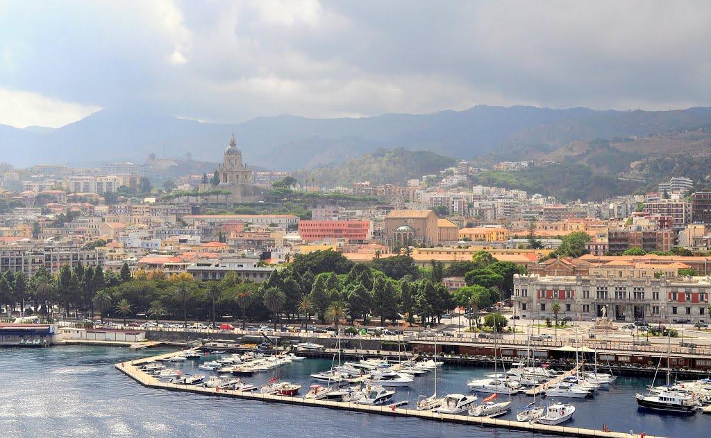 Messina, de finishplaats van vandaag (Foto: Panoramio)