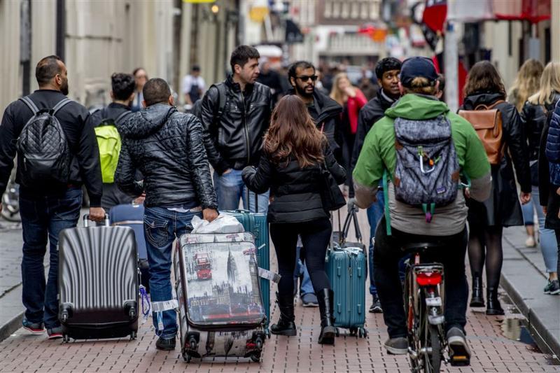 'Toeristenbelasting Amsterdam naar 15 procent'