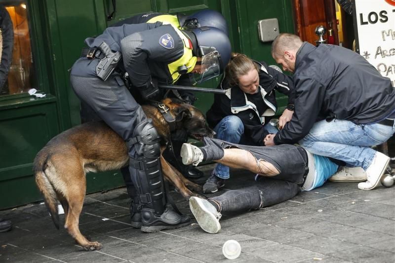 OM wil 30 Feyenoord-relschoppers vasthouden