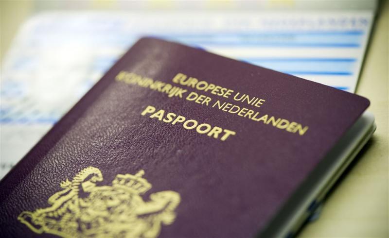 'Politiemol' krijgt paspoort terug