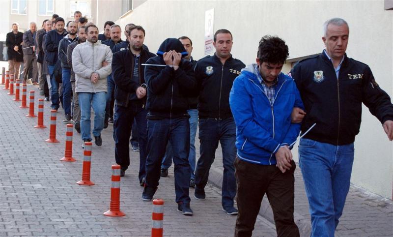 Eerherstel voor drieduizend Turkse agenten