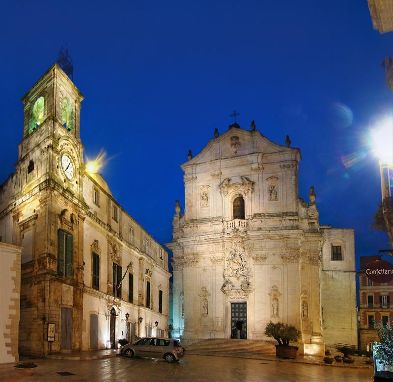In Martina Franca is genoeg moois te zien (Foto: WikiCommons/Tango7174)
