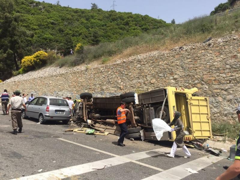 17 toeristen dood door busongeluk Turkije