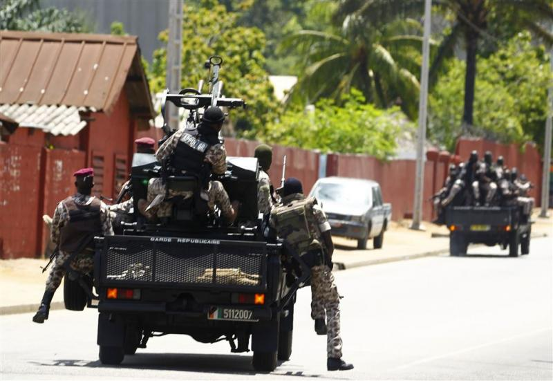 Muitende soldaten bezetten stad Ivoorkust