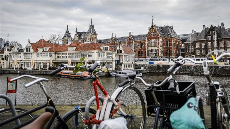 Eén op de acht Amsterdammers erg eenzaam