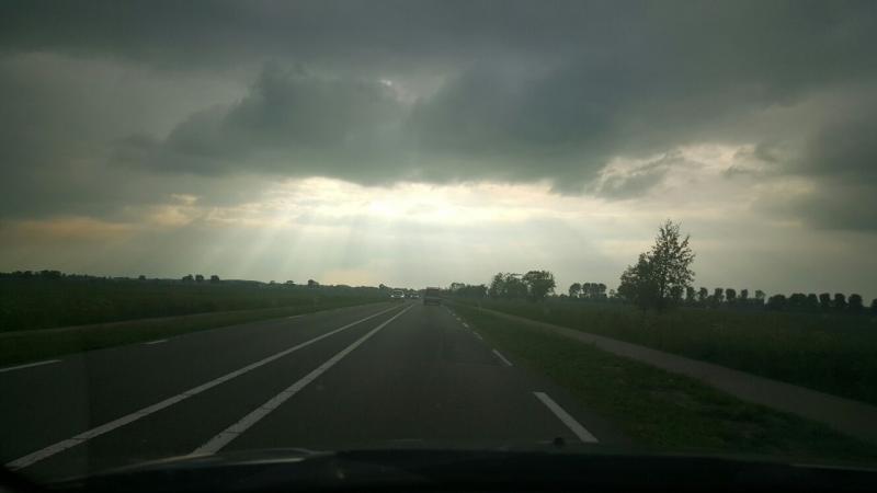 Donkere wolken pakken zich samen  (Foto: Iteejer)