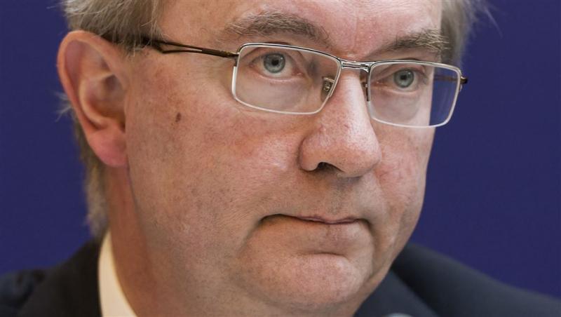 'Bank terughoudend met negatieve spaarrente'