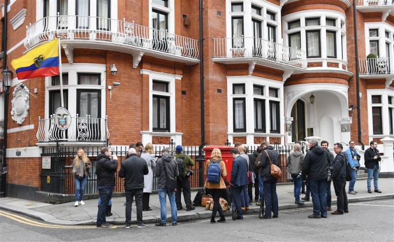 Ecuador vraagt Londen om vrijgeleide Assange