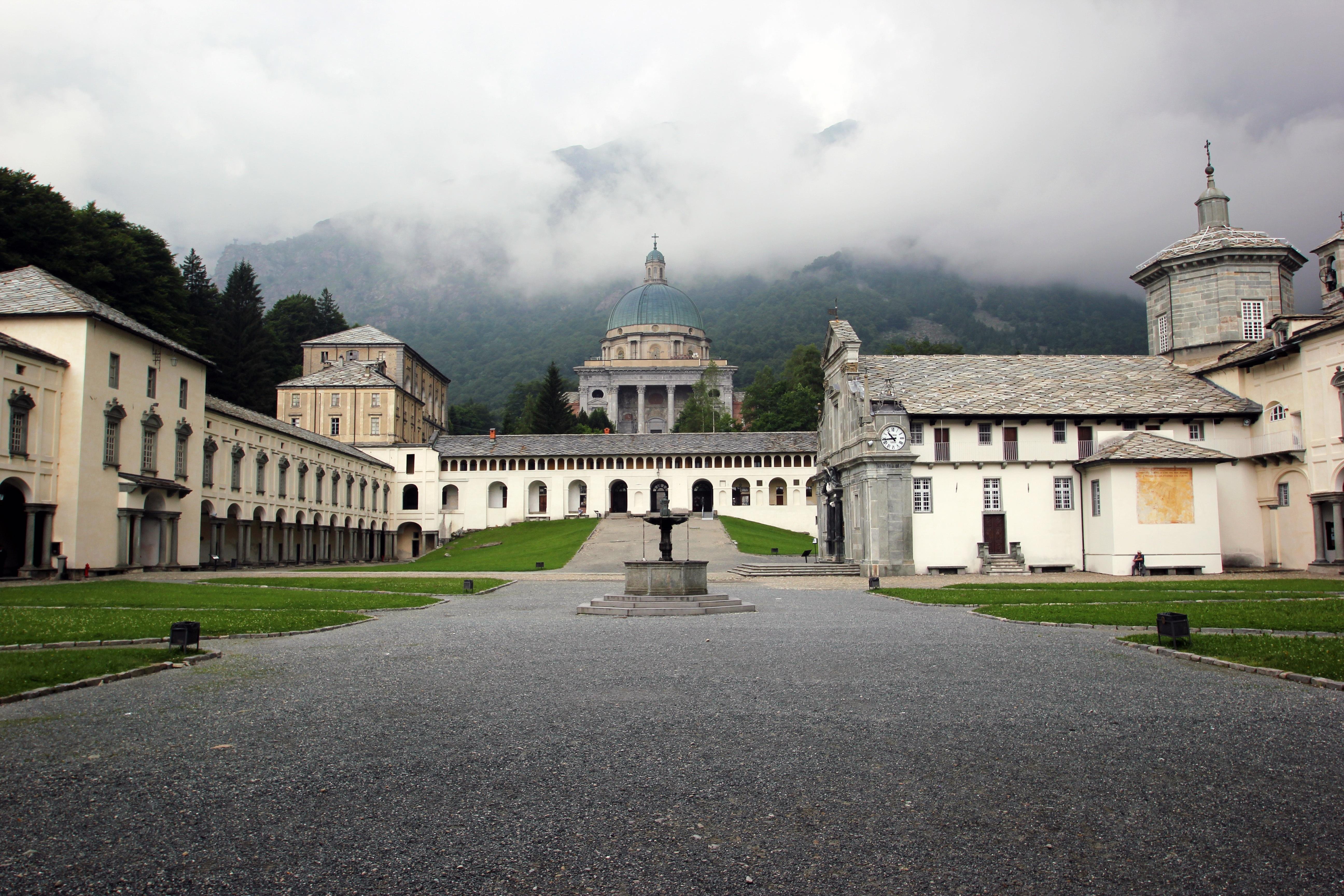 Het heiligdom van Oropa (Foto: Panoramio)