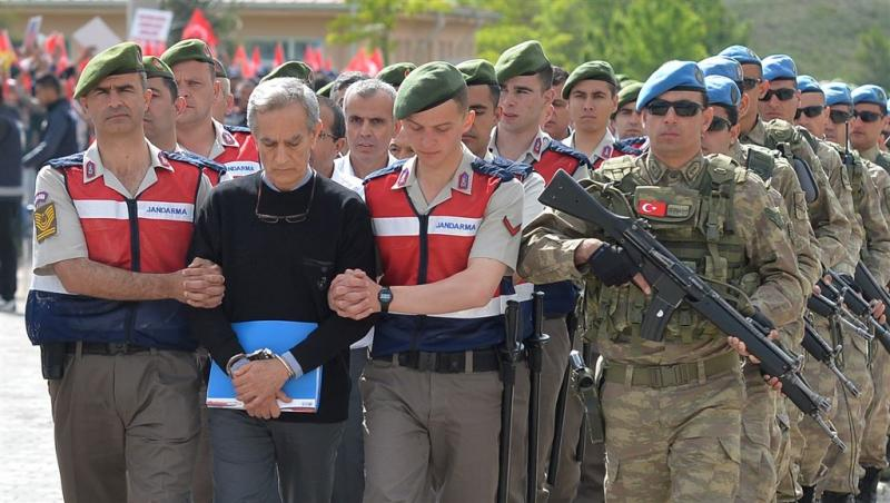 Verdachten couppoging Turkije voor de rechter