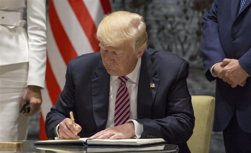 Trump wil biljoenen bezuinigen