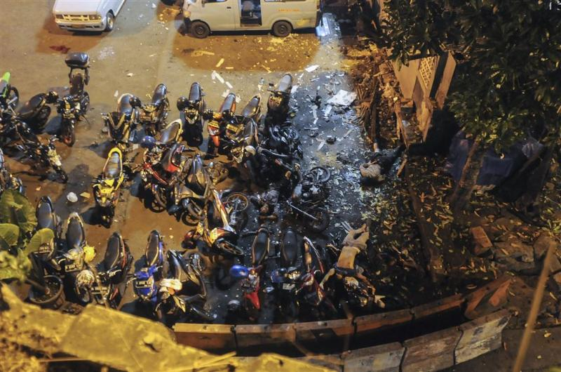 IS eist ook aanslag busstation Jakarta op