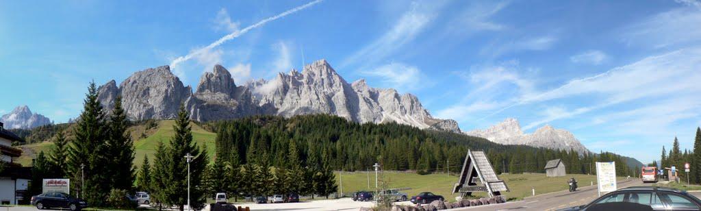Genoeg mooie Dolomietenrotsen te zien hier (Foto: Panoramio)