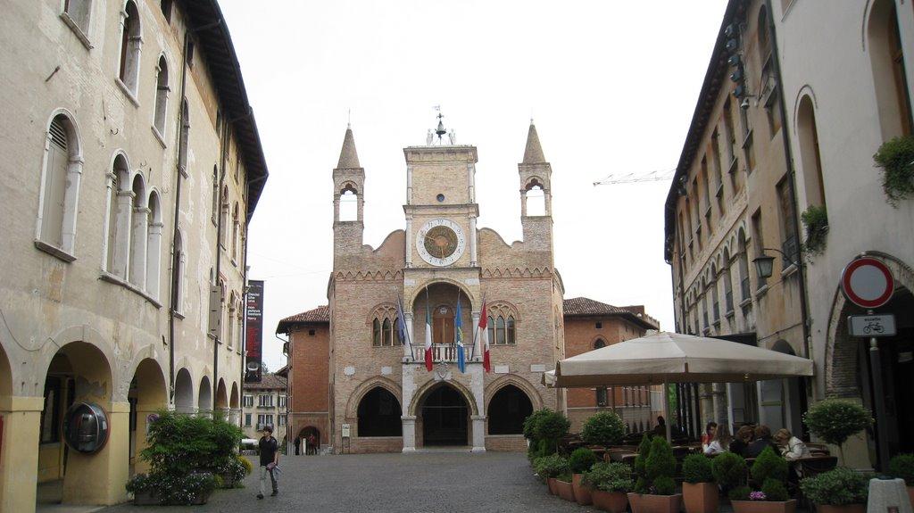 Het kerkje in Pordenone (Foto: Panoramio)