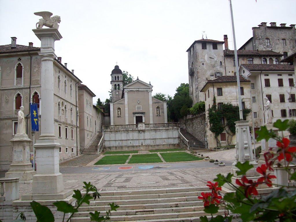 Oude gebouwen in Feltre (Foto: Panoramio)