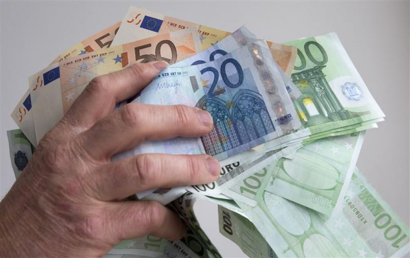 Motorrijder verliest 9000 euro op snelweg
