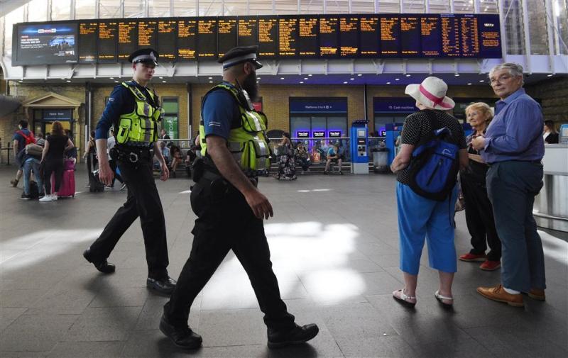 Politie geeft foto terrorist Manchester vrij