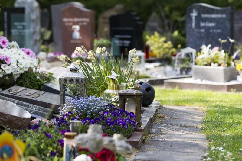 Begraafplaatsen houden open huis