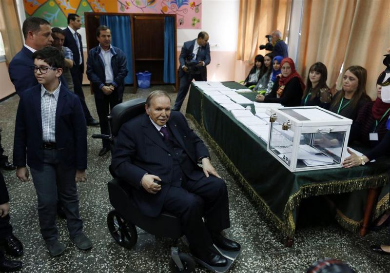 Nieuwe minister Algerije na 3 dagen ontslagen