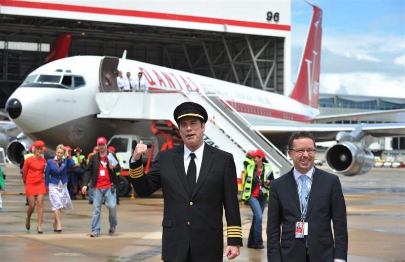 John Travolta doneert vliegtuig aan museum