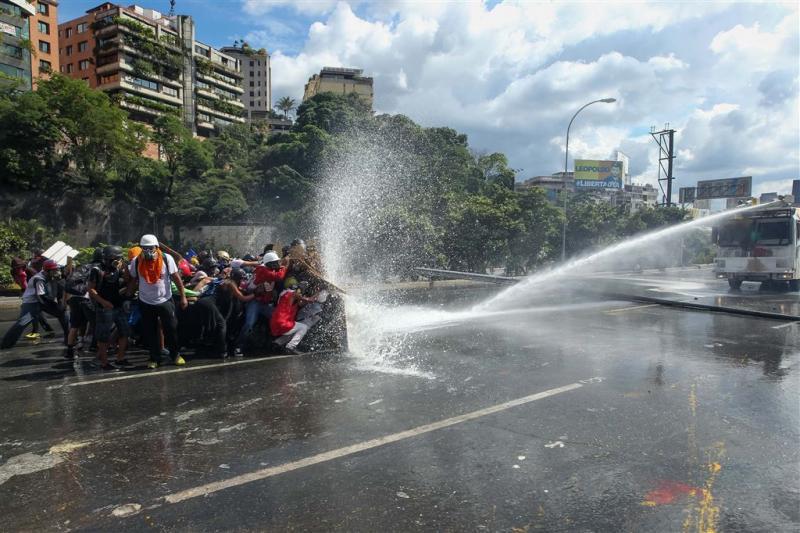 Oppositieleiders Venezuela gewond bij protest