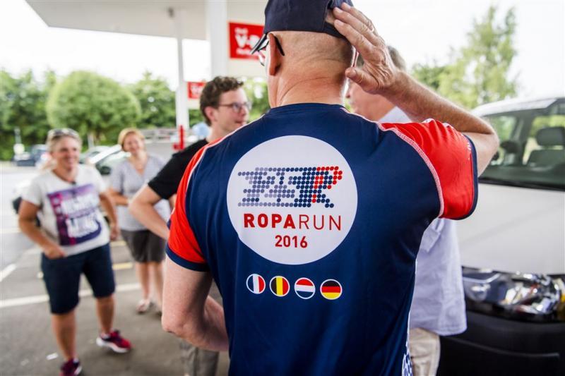 Teams Roparun op weg naar Rotterdam