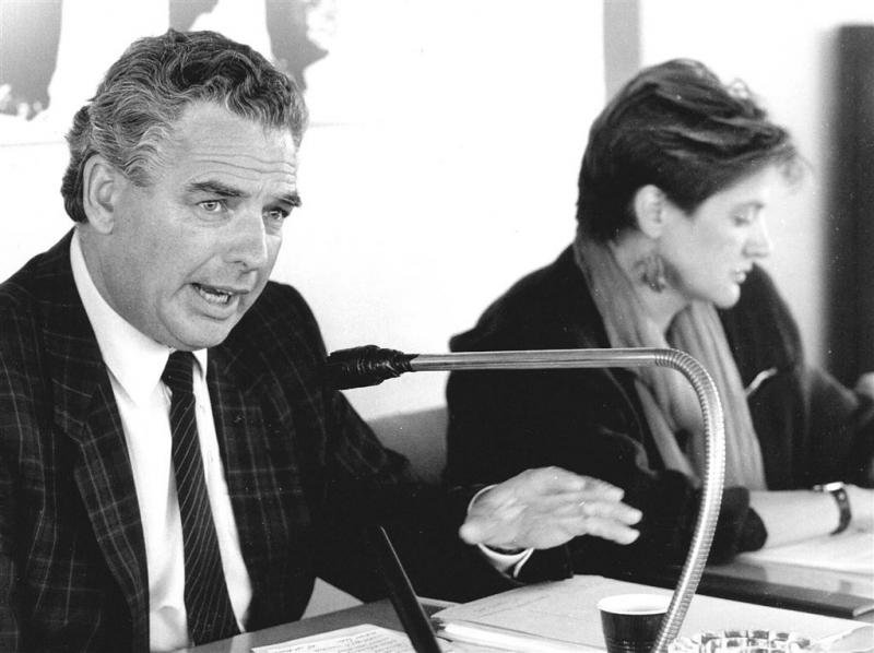 Oud-FNV-voorzitter Hans Pont (78) overleden