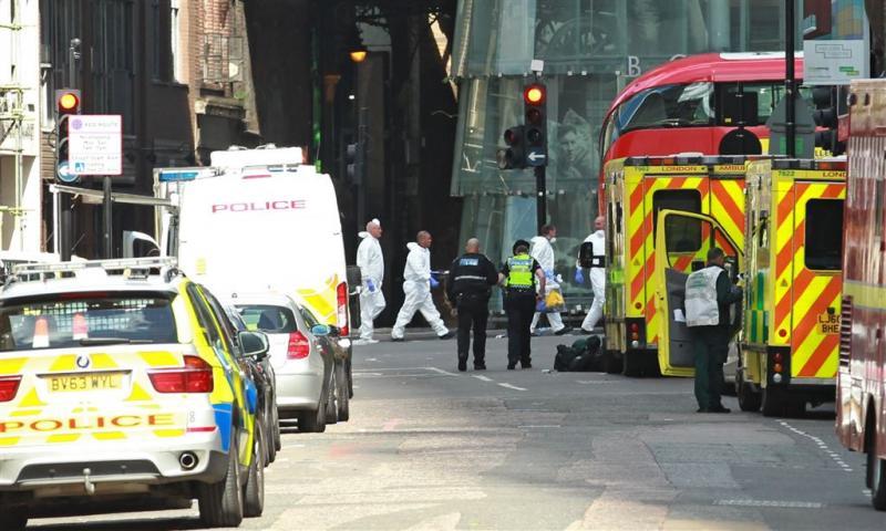 Politie Londen valt pand binnen