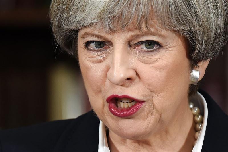 'Premier May gaat verzwakt verkiezingen in'