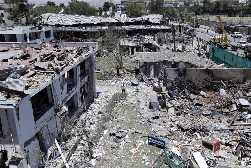 Dodental aanslag Kabul stijgt boven 150