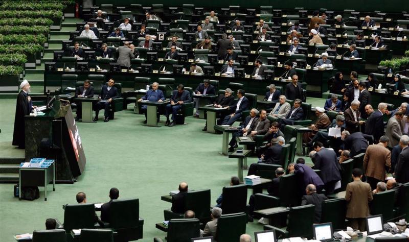 Teheran opgeschrikt door schietpartijen
