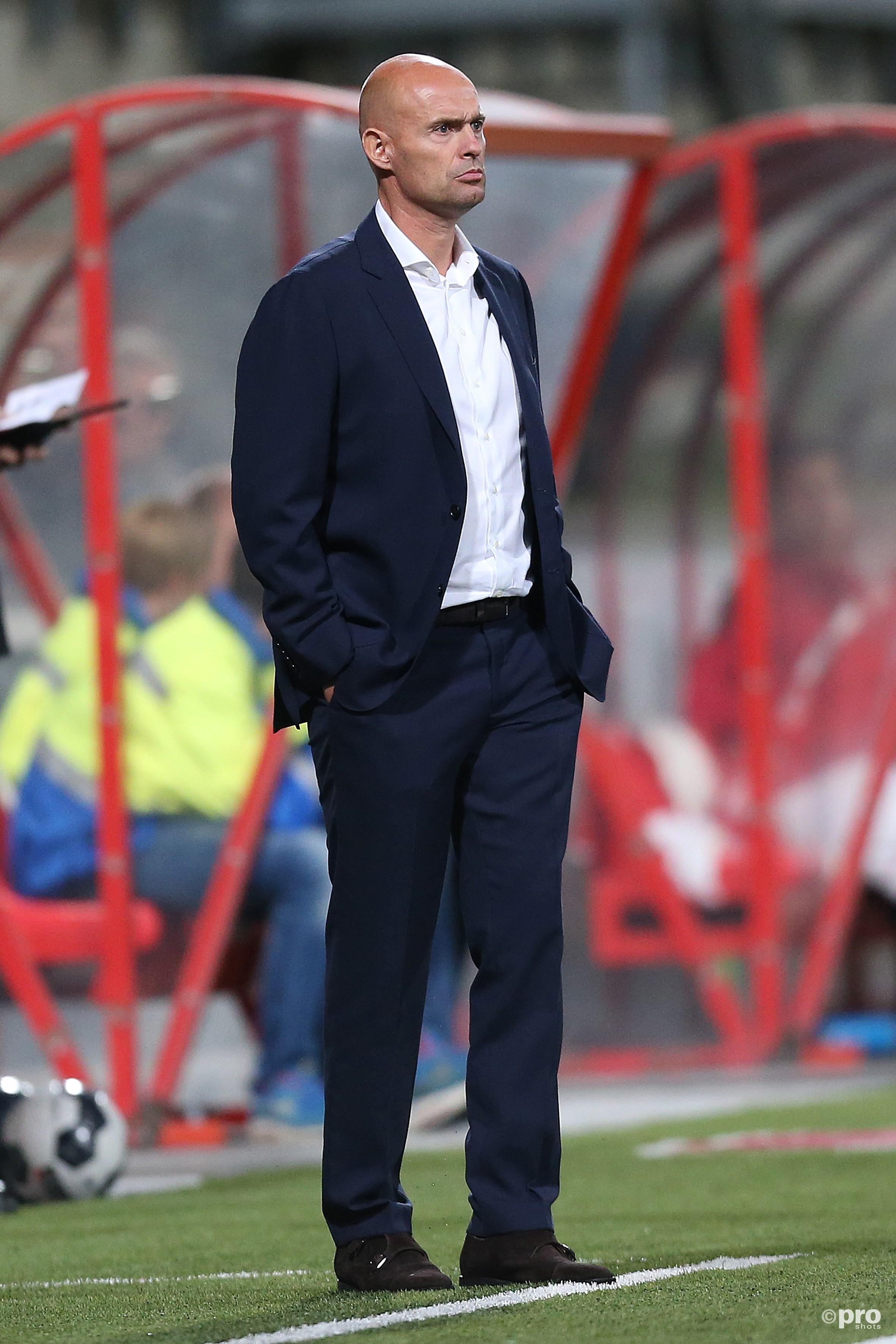 Keizer in zijn, vooralsnog, huidige rol als coach van Jong Ajax, net nadat MVV op voorsprong is gekomen (Pro Shots/Henk Korzelius)