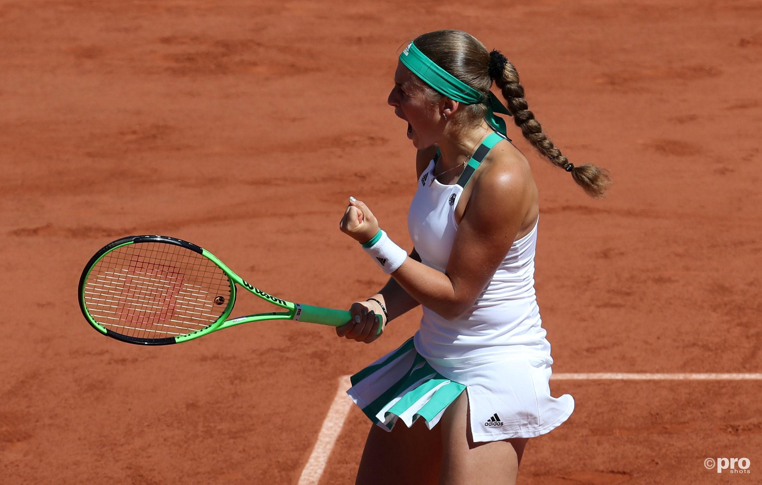 Ostapenko schreeuwt het uit na een van haar vele winners (Pro Shots/Action Images)