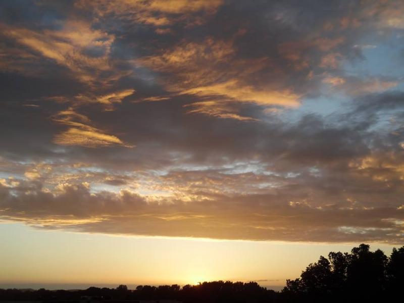 Zonsondergang in Alkmaar (Foto: Papabear)
