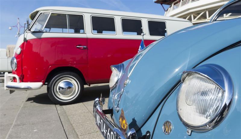 Oude benzineauto's mogen Rotterdam weer in