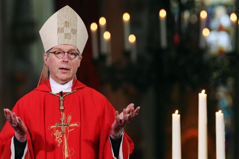 'Roze' viering niet in Sint-Jan na protesten